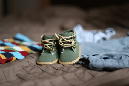 shoes-505471_1920